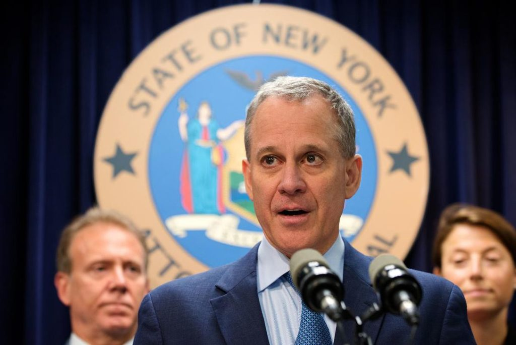 Eric Schneiderman Will Not face Abuse Charges