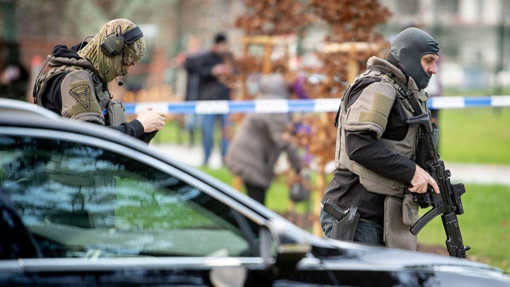 Czech gunman opens fire in hospital waiting room