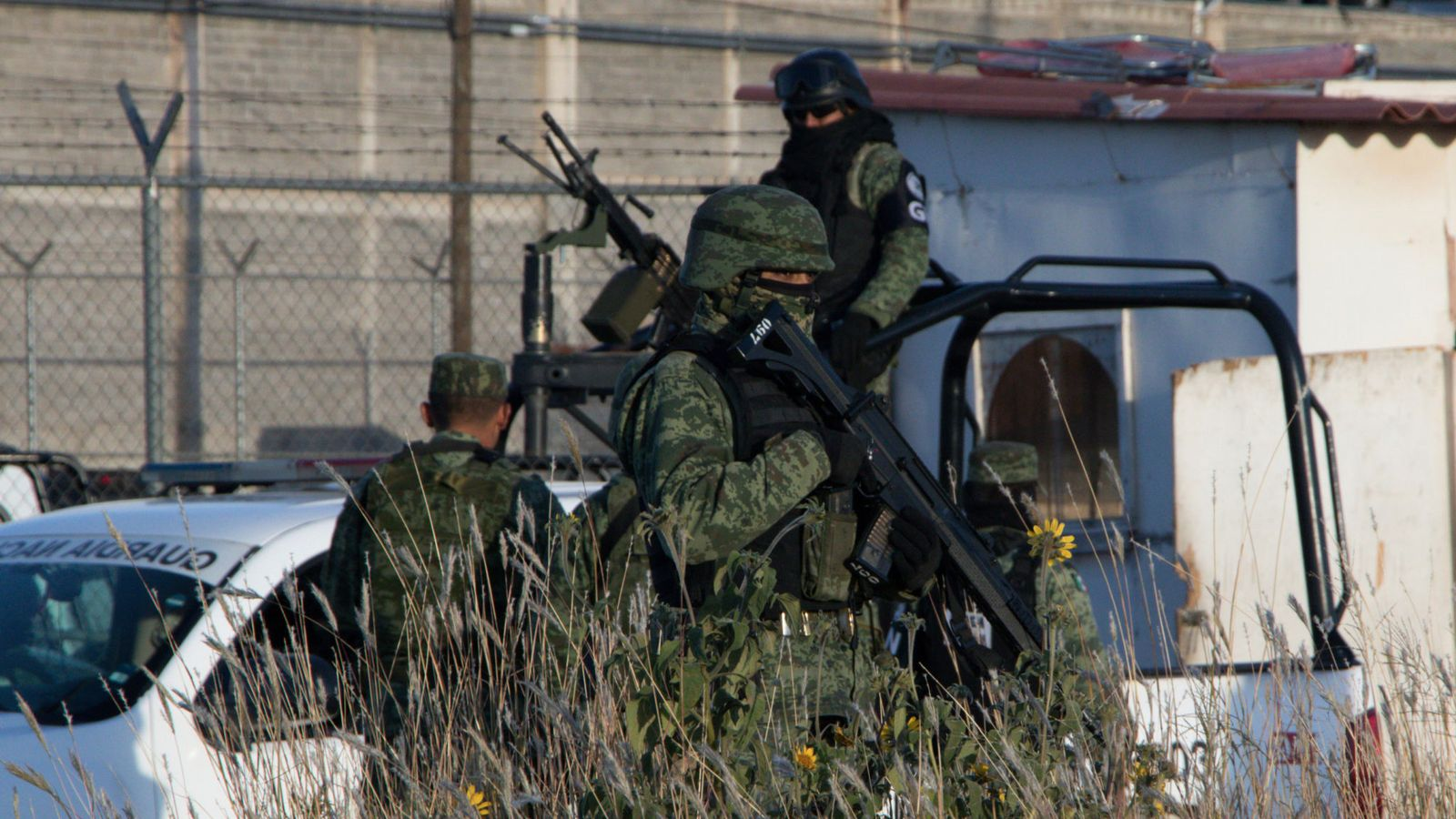 16 inmates killed, 5 wounded in bloody Mexican prison riot
