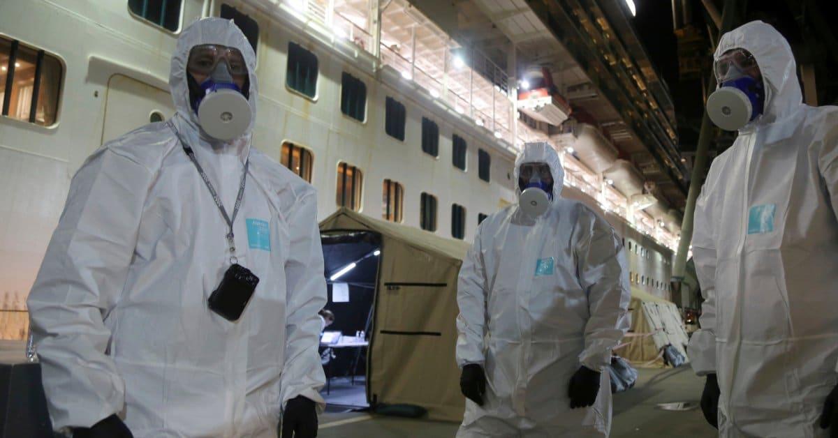 Australian police raid cruise ship linked to 600 coronavirus cases, 15 deaths
