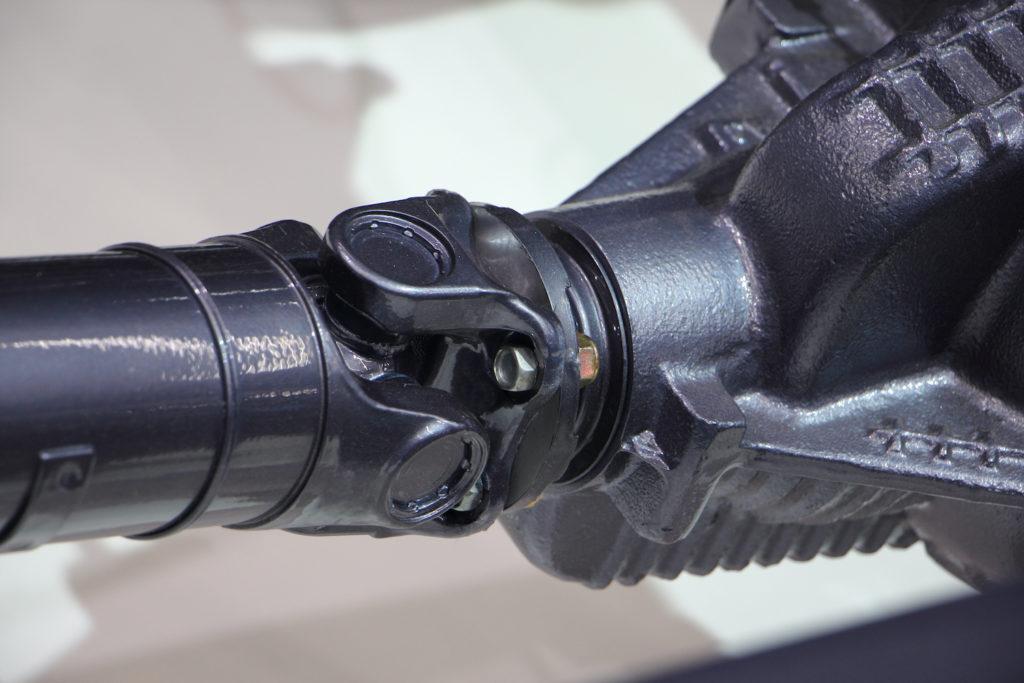 5 Symptoms of a Bad Drive Shaft